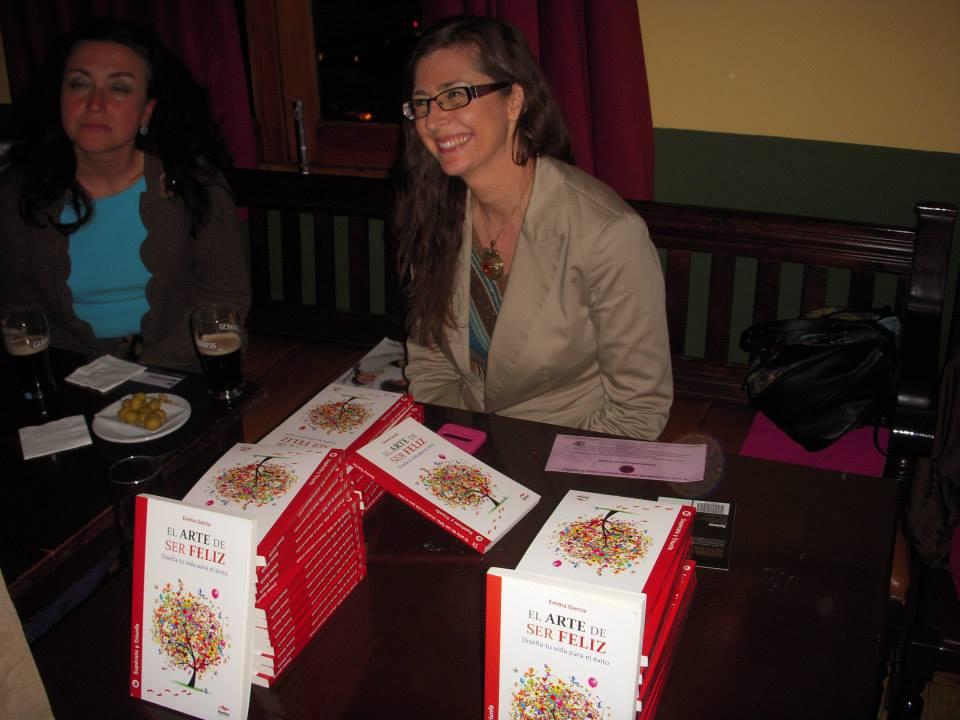 Emma García, autora de 'El arte de ser feliz', compartió su libro con los asistentes de la primera edición de #GenerandoValoresMarket.