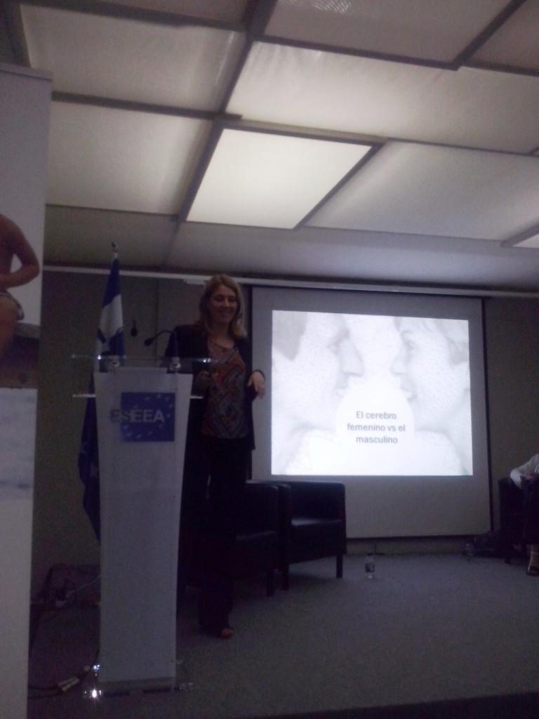 Mónica Navas, directora del Área de Salud y Bienestar de Hill&Knowlton.