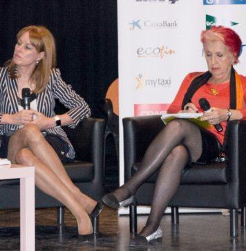 Gloria Lomana, directora general de Antena 3 Noticias, y la periodista Rosa Mª Calaf, estaban de acuerdo en la enorme responsabilidad de los medios en la imagen que se proyecta de la mujer.