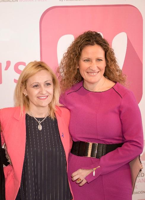 Carmen María García, presidenta de FWW, junto a May López, responsable de RSC de Seur y autora de este artículo en MWW 2016.